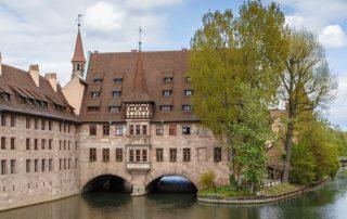 Muss ich den Immobilienfachwirt (IHK) in Nürnberg machen?