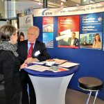 Beratung am Messestand der gtw MIM 2018 Münchner Immobilien Messe